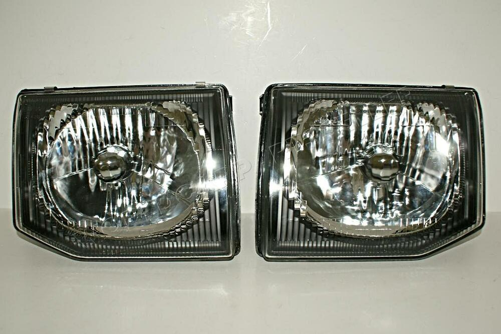 Mitsubishi Pajero Montero V33 Manual Headlight Front Lamp