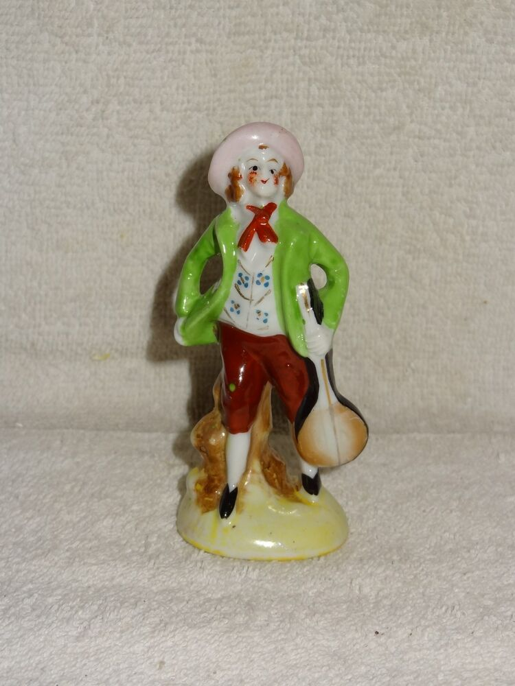 small man with bango porcelain figurine made in japan ebay. Black Bedroom Furniture Sets. Home Design Ideas