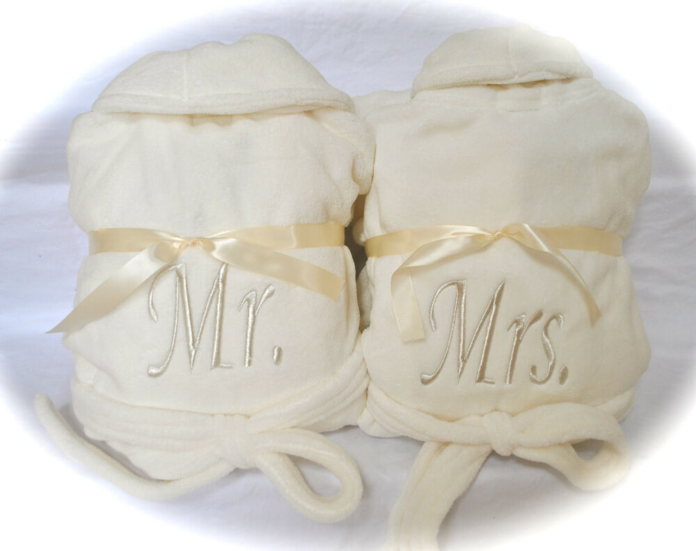 Set of 2 plush fleece robes w mr mrs his hers or bride for Mr and mrs spa
