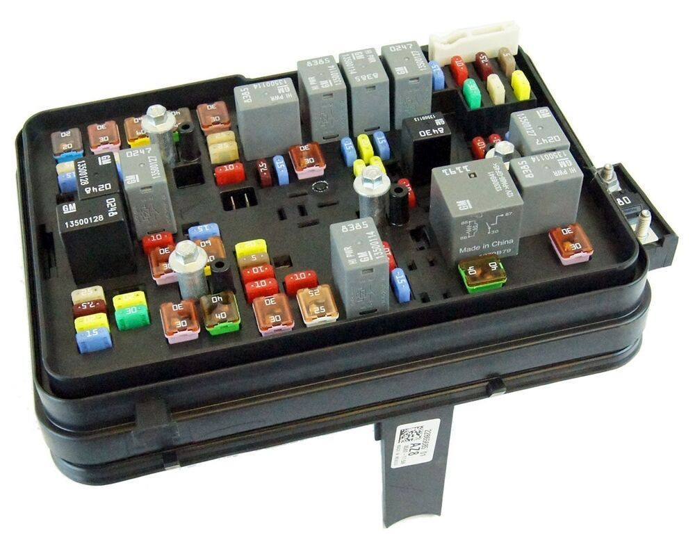 2011 2012 gmc terrain equinox 2 4l engine compartment fuse Chevy Equinox  Motor Diagram 2010 equinox fuse diagram