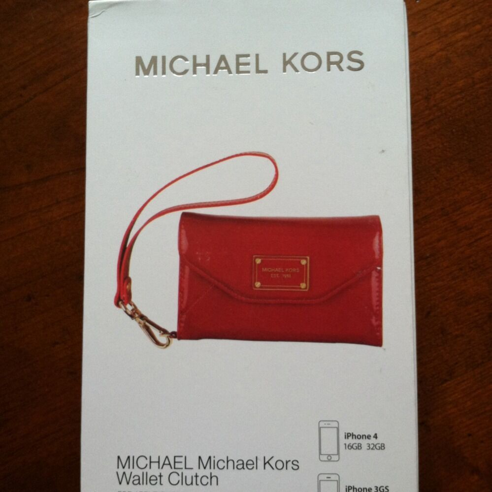 michael kors iphone wallet michael kors iphone 4 4s wallet wristlet in 3857