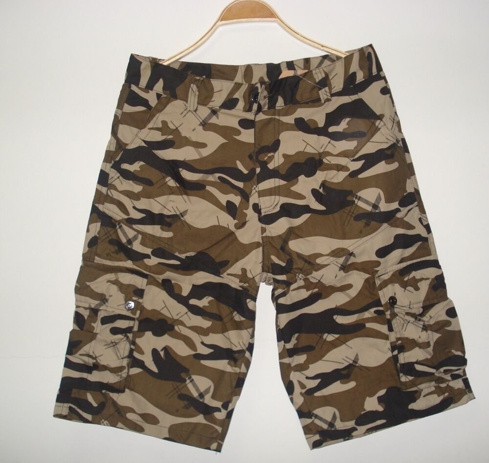 Hollister Reverse Terry Curved Hem Shorts ($20) liked on Polyvore featuring shorts, camo, camouflage shorts, camo print shorts, camoflauge shorts, camo shorts and camoflage shorts Find this Pin and more on Products I Love by Glass Paper Scizzors.