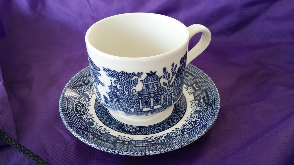 Vintage Beautiful Churchill Blue Willow Tea Cup And Saucer