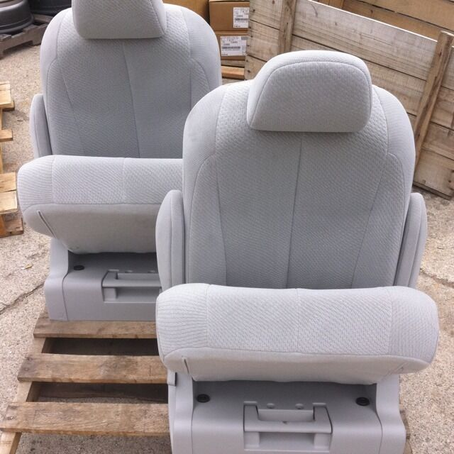 2011 2012 13 14 toyota sienna 2nd middle row light gray cloth bucket seats new ebay. Black Bedroom Furniture Sets. Home Design Ideas