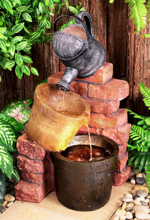 Watering can pot water feature fountain cascade rustic for Cascadas de agua artificiales para jardin