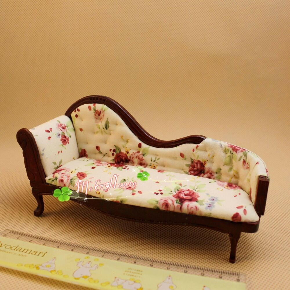 Victorian Couch: 1:12 Dollhouse Miniature Furniture Chaise Couch Vintage