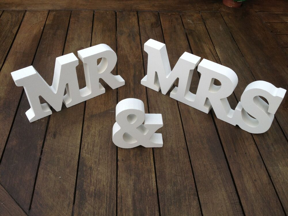 Mr And Mrs Gifts Wedding: NEW WEDDING GIFT WHITE WOOD MR & MRS LETTERS MR & MRS SIGN