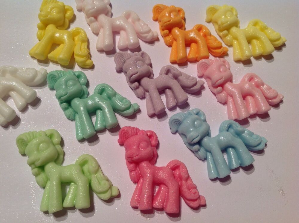 Edible icing sugar my little pony style sparkly cupcake for How to make edible cake decorations at home