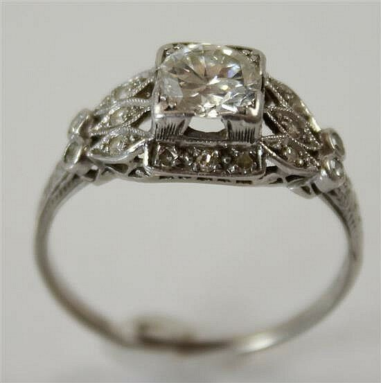 Vintage stamped platinum approx 89 ct round diamond ring for Diamond stamp on jewelry