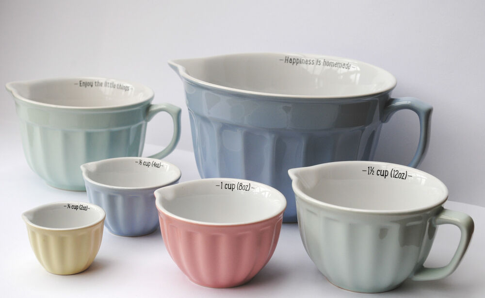 Choice Of Medium Or Large Mixing Bowl Or Measuring Cups