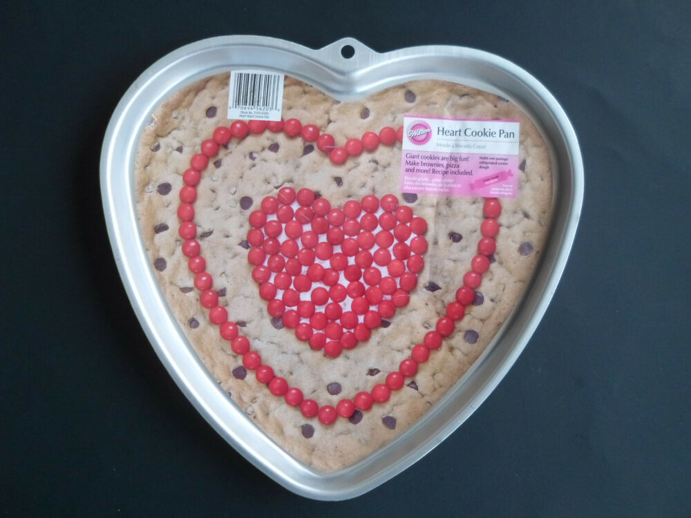 Wilton Big Valentine Heart Shaped Cake Pan Cookie Pan