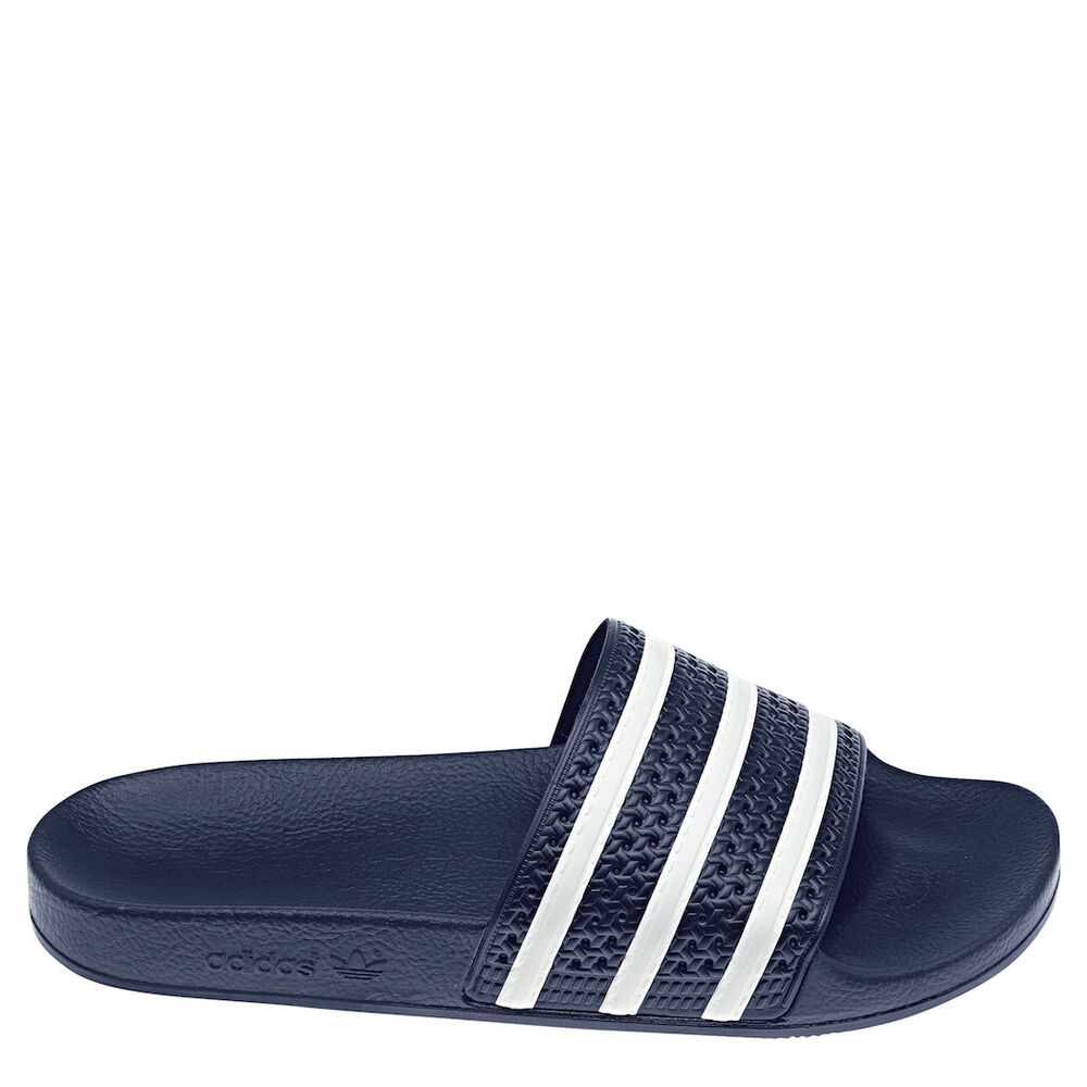 adidas originals adilette m herren blau wei badeschuhe. Black Bedroom Furniture Sets. Home Design Ideas