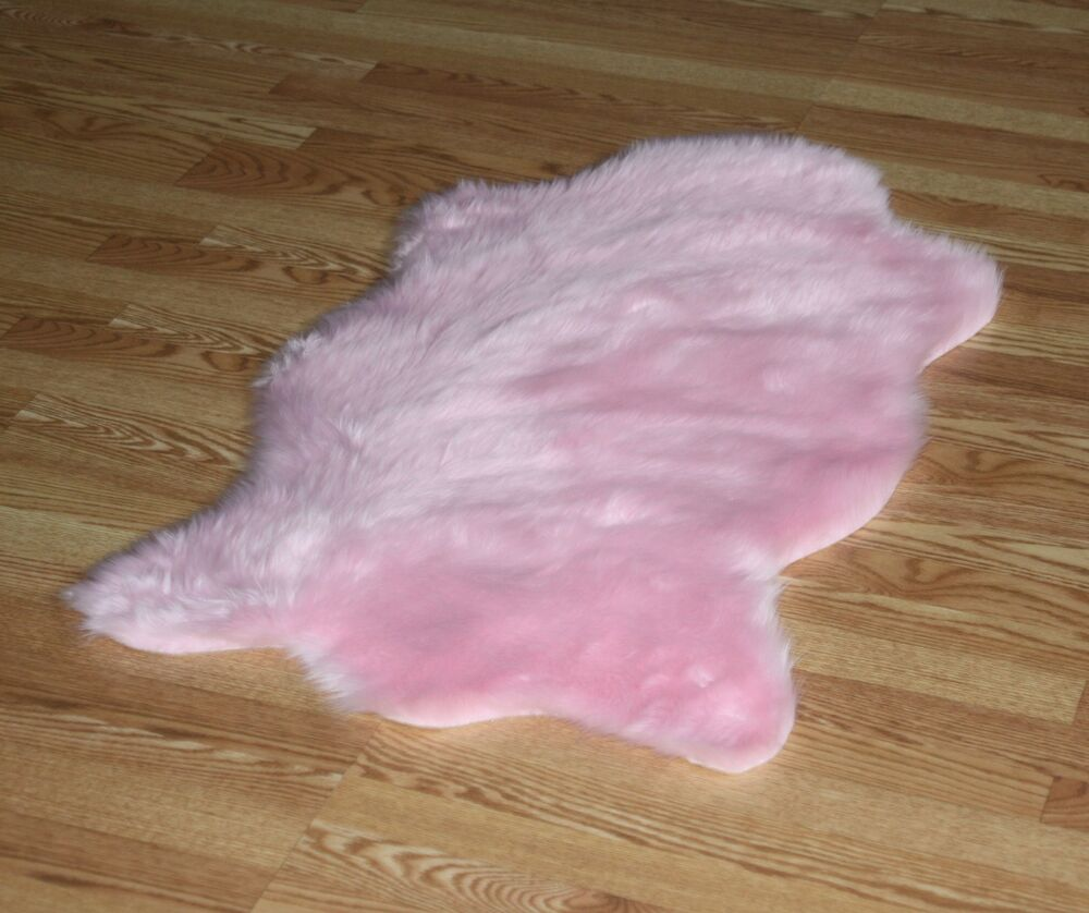 Bear Animal Shape Pink Faux Fur Rug 4'3 X 6'3 Washable Non