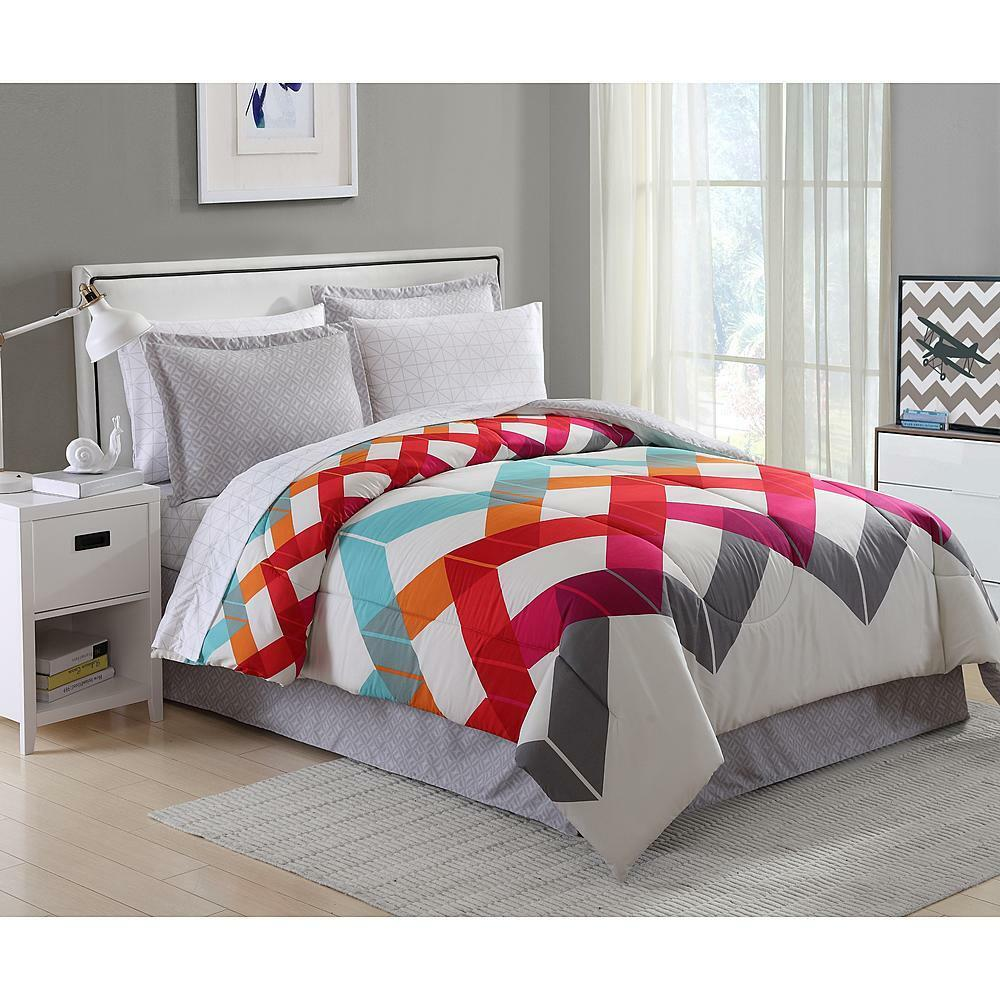 8 pieces bedding comforter set geometric chevron striped for Complete bedroom sets with mattress