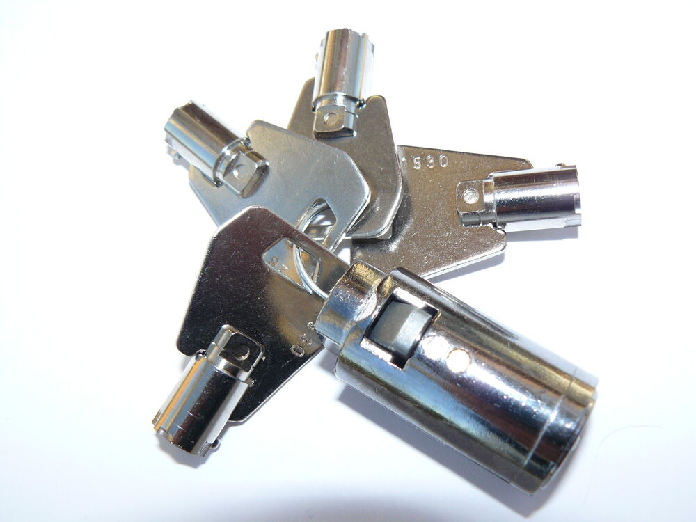 Bradley type hitch lock fits indespension trailers