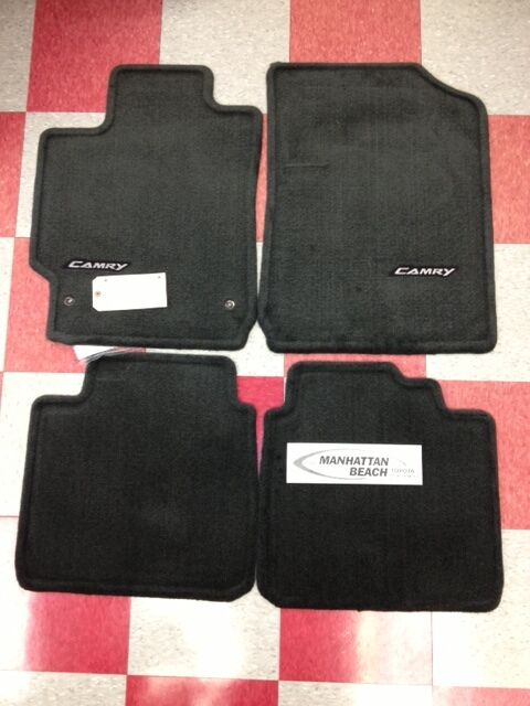 2007 2011 camry carpet floor mats dark charcoal genuine for Original toyota floor mats