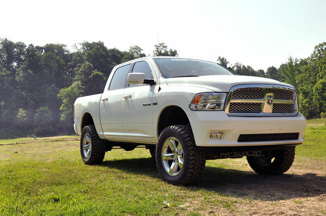 "4 Inch Lift Kit For Dodge Ram 1500 4wd >> Dodge Ram 2012 - 2014 1500 4WD Rough Country 4"" Suspension ..."