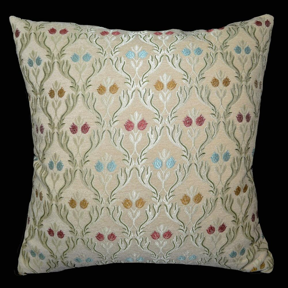 We402a Beige Damask Flower Check Chenille Throw Pillow