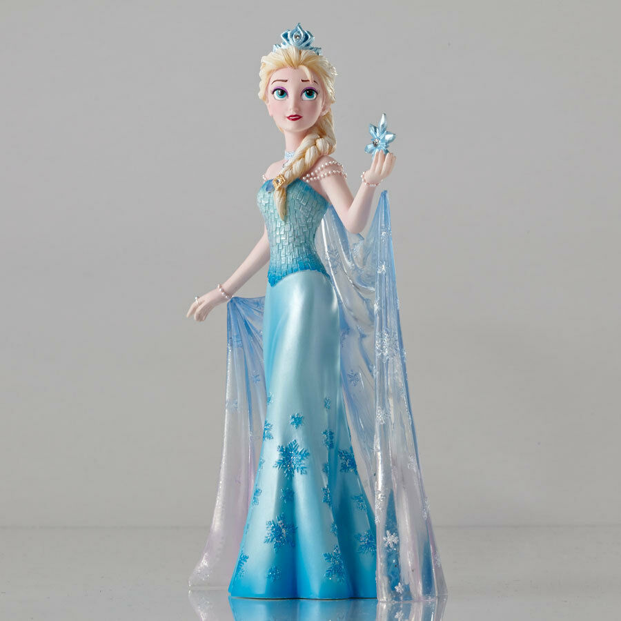 disney showcase couture de force elsa from frozen figurine