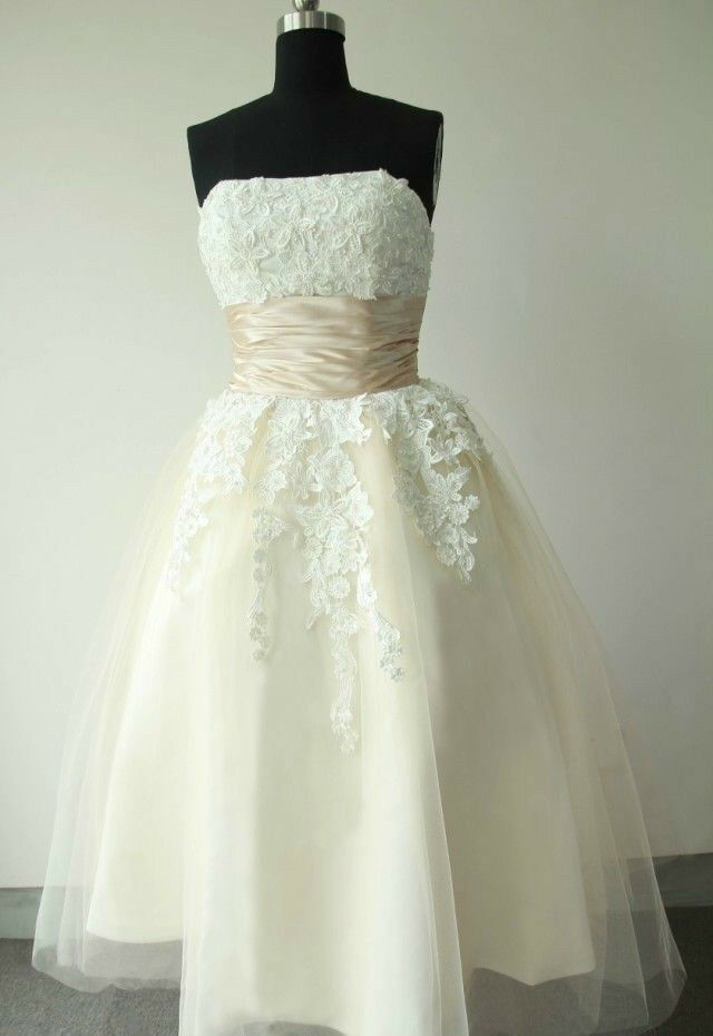 New white ivory tea length short vintage lace wedding for Wedding dress sizes compared to normal sizes