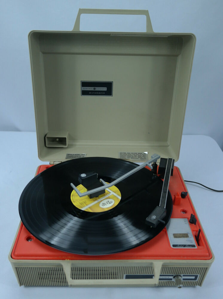 Vtg General Electric Ge Automatic Portable Record Player