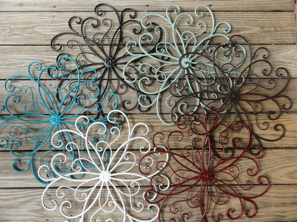 Chic Metal Wall Decor Beachy Beach Turquoise Flower Wall Art