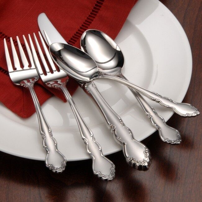 Oneida Satin Dover 66 Piece Service For 12 Stainless 18 10