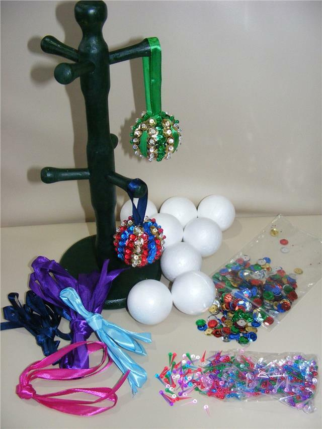 Decorating Ideas > Childrens Pinflair Sequin Craft Kit Make Your Own Xmas  ~ 074301_Christmas Decoration Craft Kits