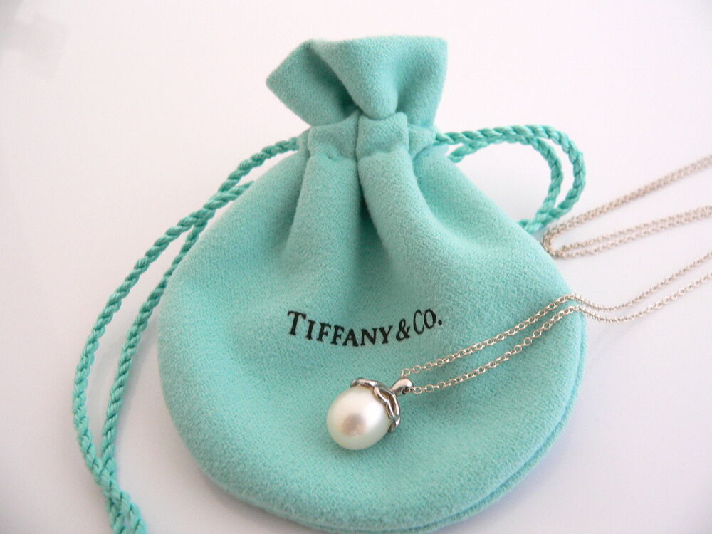 Tiffany Amp Co Silver Heart Cap Pearl Necklace Pendant Charm