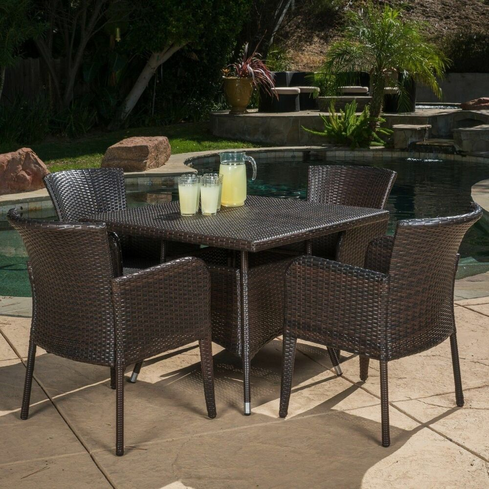 Contemporary Outdoor Dining Furniture: Contemporary Outdoor 5-piece Brown Wicker Dining Set