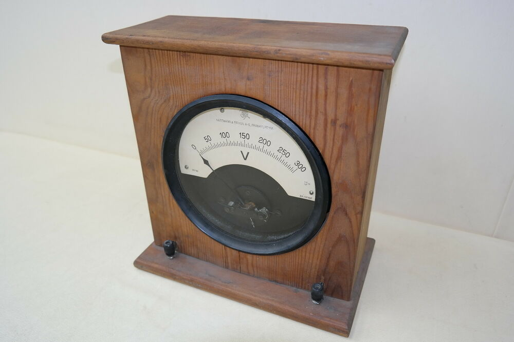 sch nes altes messger t voltmeter analog holz gleichstrom hartmann braun ag ebay. Black Bedroom Furniture Sets. Home Design Ideas