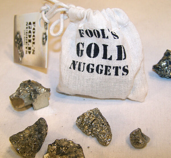 bag of fools gold nuggets pyrite party items pretend rocks