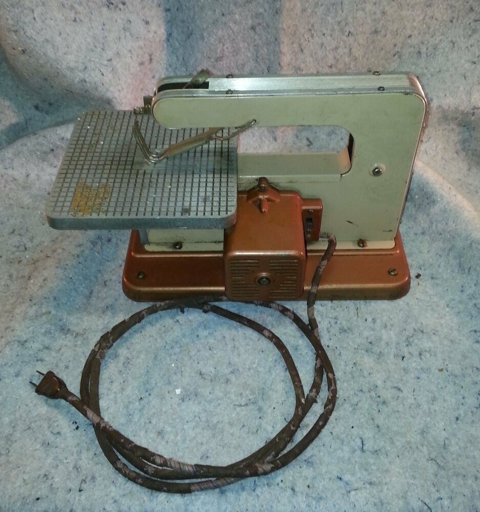 Antique Scroll Saw: Vintage Antique Table Top Mini Scroll Saw Working......