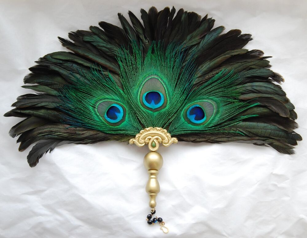 Renaissance medieval victorian elizabethan tudor peacock for Where can i buy peacock feathers craft store
