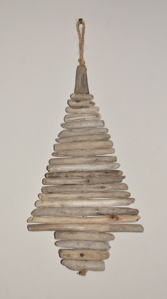 Driftwood christmas tree wall hanging shabby chic home for Hanging driftwood christmas tree