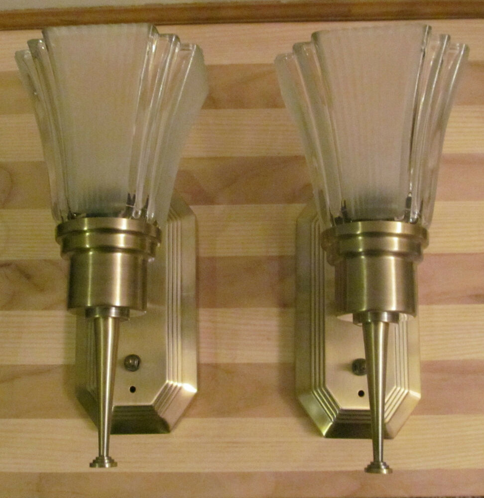 Light Fixture For Vintage Camper: 2 Stunning RV 12 Volt Big Wall Light Lamp Fluted Frost