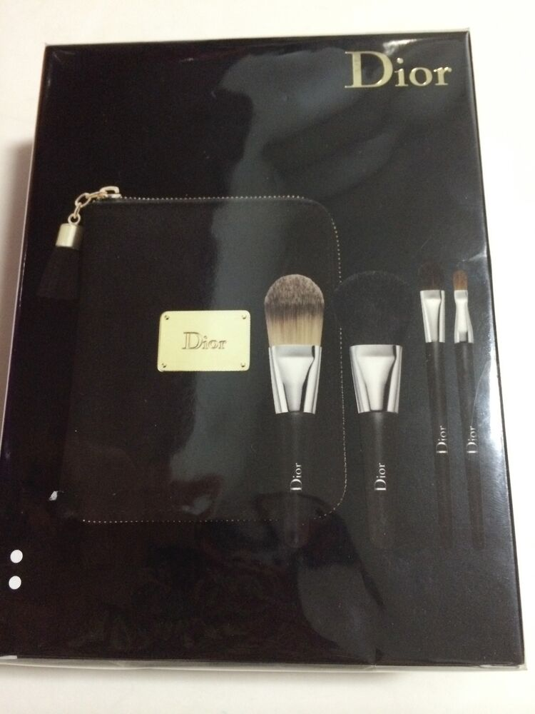 DIOR Holiday Couture Collection Backstage Brush Set + Case ... - photo #25