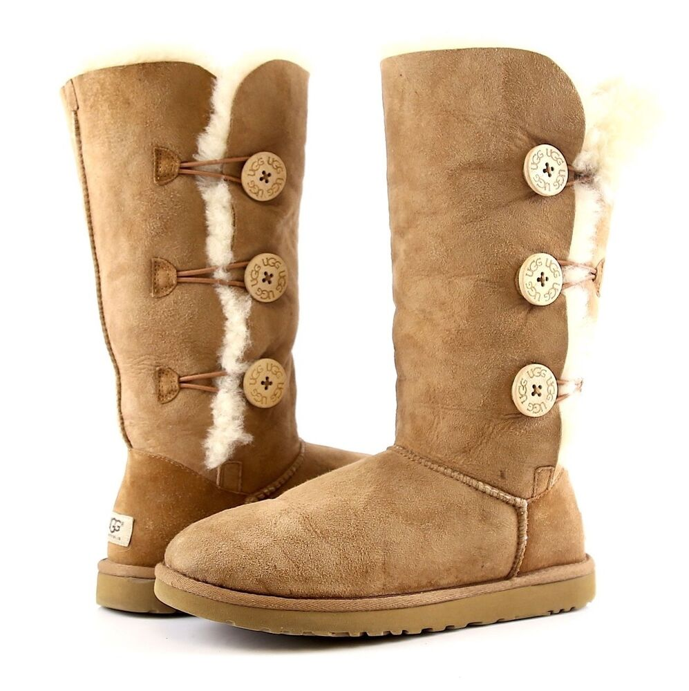 ugg bailey button triplet size 8