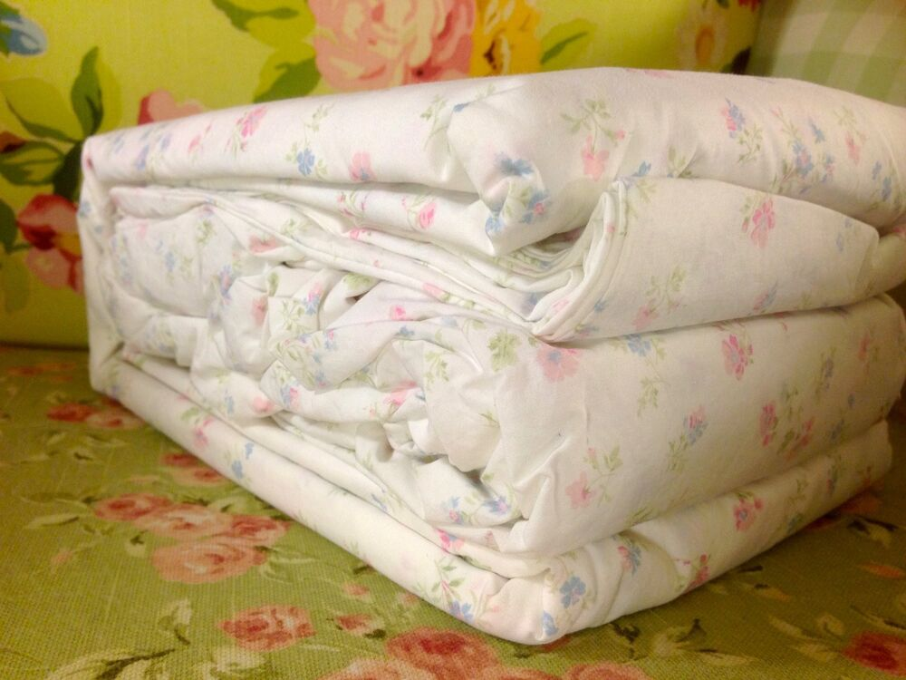 nwt simply shabby chic king size floral cotton candy sheet set rachel ashwell ebay. Black Bedroom Furniture Sets. Home Design Ideas