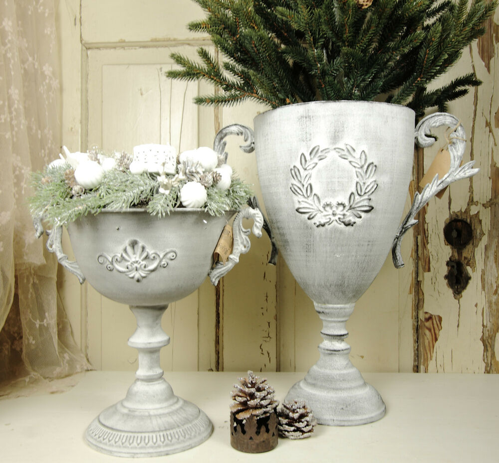 pokal amphore vase metall patina shabby vintage landhaus. Black Bedroom Furniture Sets. Home Design Ideas