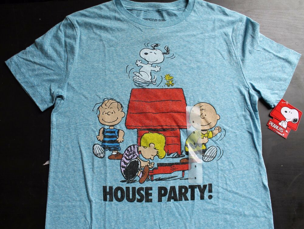 peanuts snoopy house party tee shirt ebay. Black Bedroom Furniture Sets. Home Design Ideas