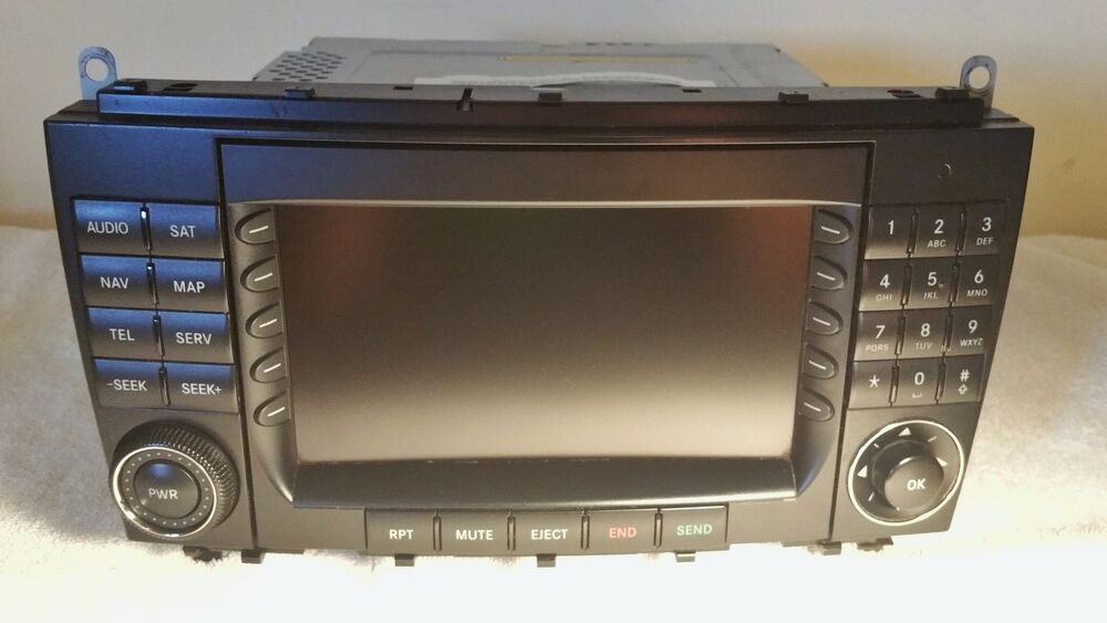 mercedes comand gps navigation radio cd dvd oem clk w209. Black Bedroom Furniture Sets. Home Design Ideas
