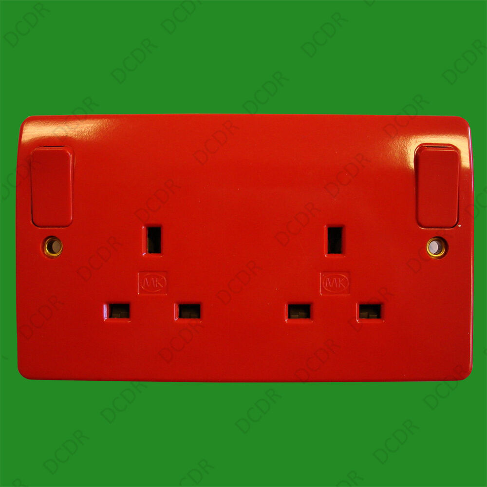 Mk Red 2 Gang Switched 13a Mains Power Uk 3 Pin Plug Socket Outlet Wiring Devices Saudi Arabia Ebay
