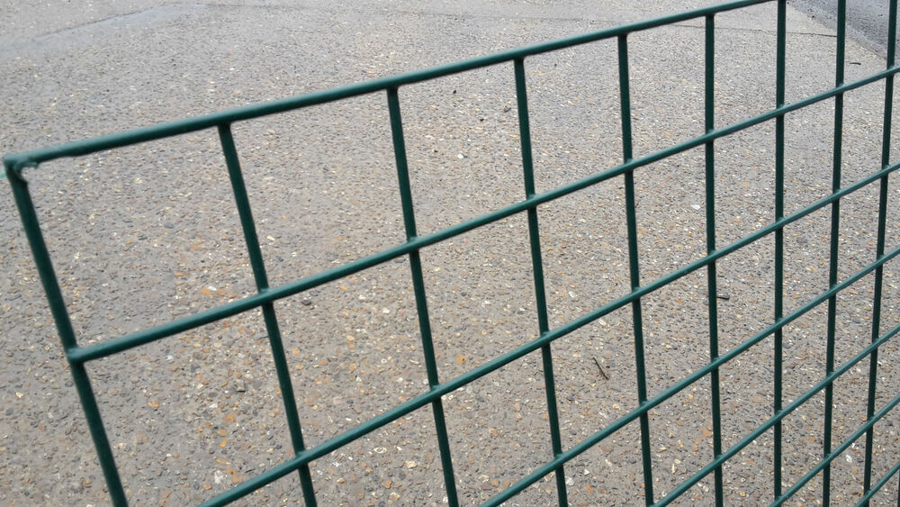 Welded wire mesh panel m green pvc coated fence