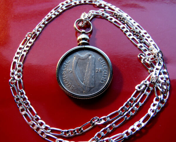 NICE ---->1928 IRELAND SIXPENCE COIN PENDANT 20