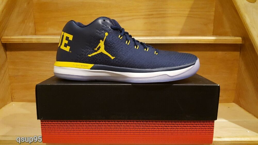 Air Jordan XXX1 31 Low Michigan Wolverines GO BLUE 897564-425 Navy Size  8-14 | eBay