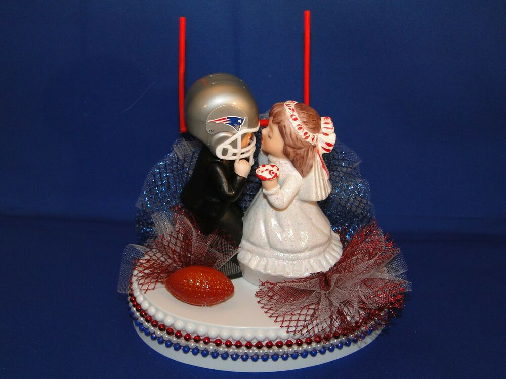 New England Patriots Wedding Cake Topper With Kissing