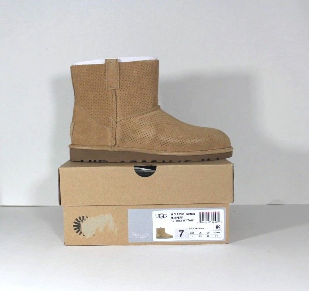 3d96b27bf35 New UGG AUSTRALIA Womens Size 7 Classic Unlined Mini Perforated ...