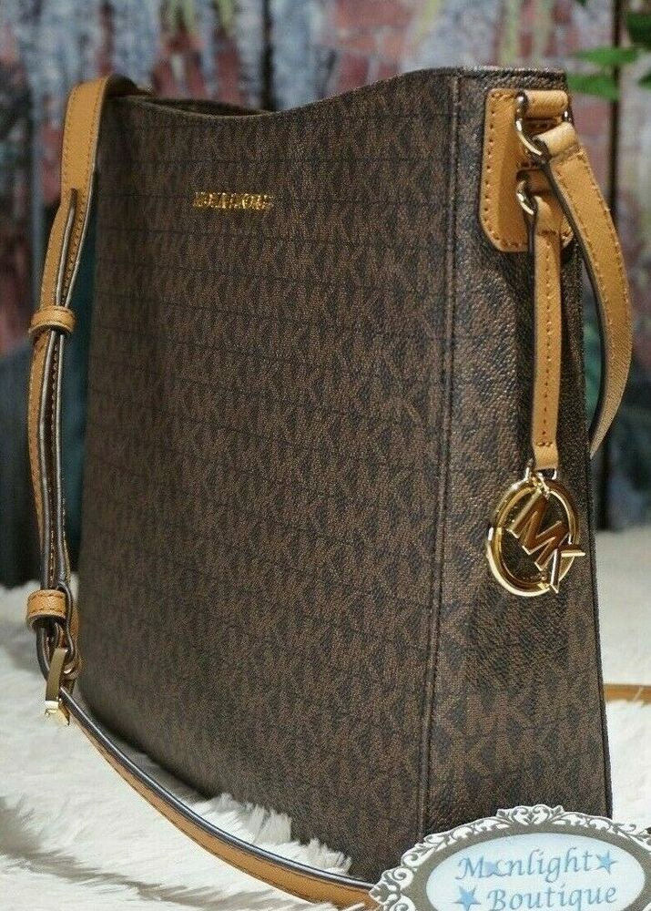 d654fa8a30147 Details about NWT MICHAEL KORS JET SET Travel Messenger Crossbody Bag In  BROWN ACORN PVC  268