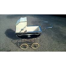 VINTAGE 1960s BABY DOLL CARRIAGE Navy Blue White